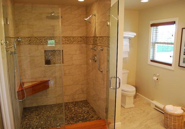Superbe Home · Walk In Shower ...